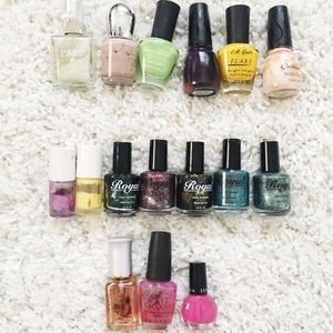Other - 16 nail polishes for $6
